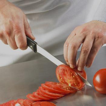Quand consommer des tomates avec votre couteau Expert Affidente