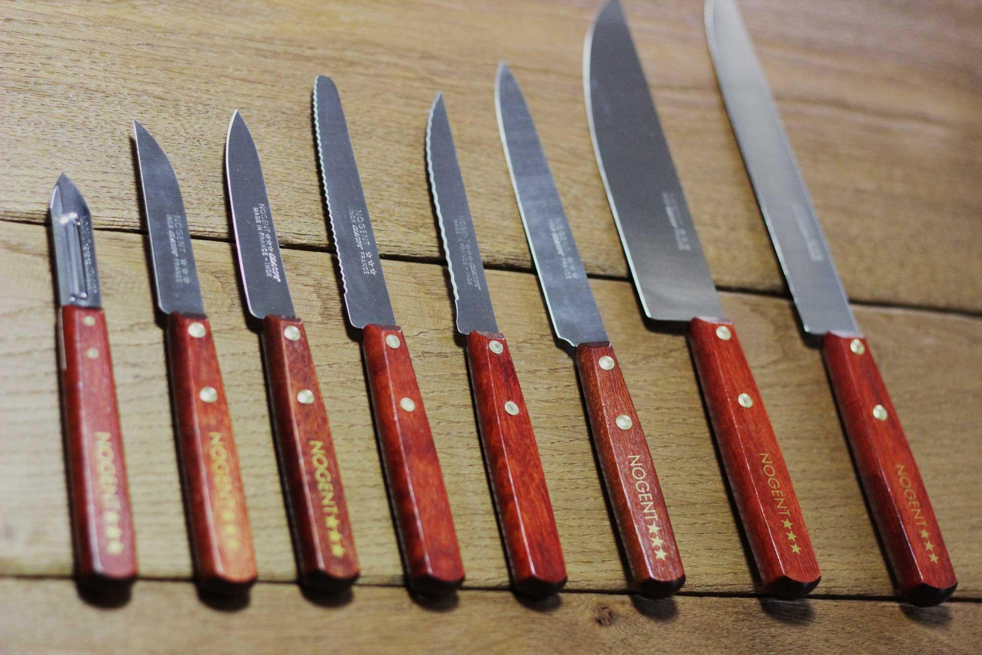 Des lots de couteaux sur le site Nogent ***